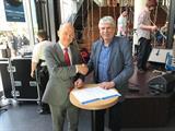 Frans Vreeke en Paul van Maanen bekrachtigen partnerovreenkomst TiVr en ROCMN april 2018.jpg