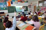 Minister komt met wet voor burgerschapsonderwijs op basis- en vo-scholen