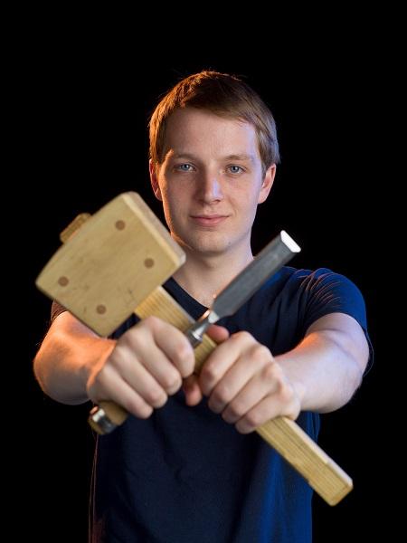 HMC student Guus van 22-29 aug deelnemer aan WK meubelmaken in Kazan