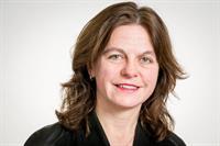 Inge Vossenaar van MBO-directie naar functie directeur-generaal PO en VO bij OCW