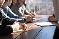 Ont-grenzend leiding geven - 'diep' waar nemen - een oefening voor leidinggevenden