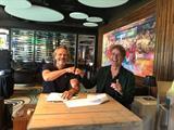 Carlo Segers en Wim van de Pol ondertekenen samenwerking.jpeg